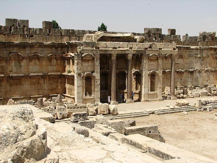 Історичний Баальбек і його древні храми (1)