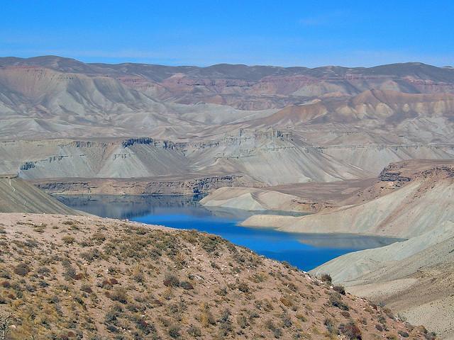 Найкрасивіші кольорові озера (9)