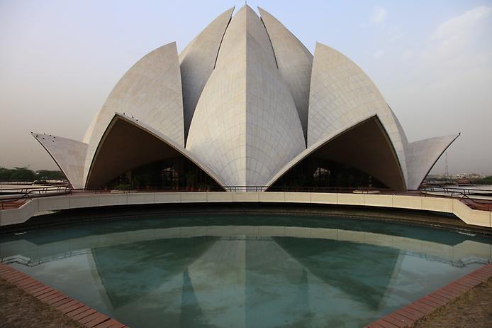 Храм Лотоса. Дивовижна квітка Нью-Делі (8)