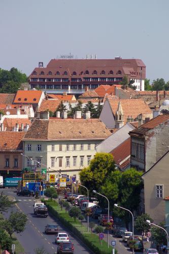 Найбільш середньовічне місто Угорщини (4)