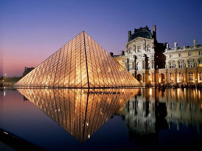 Подорож у найкрасивіше і найтаємничіше місто в світі. Подорож в мрію - в Париж. (1)