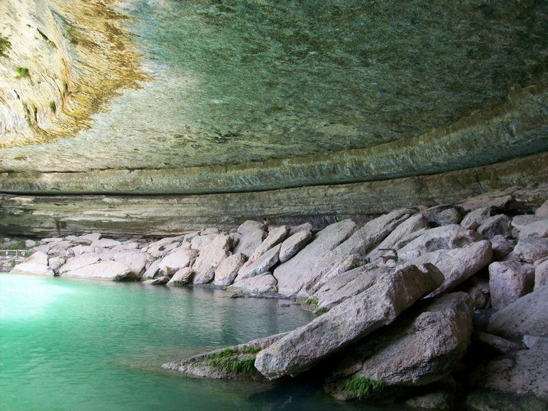 Прекрасне озеро Гамільтон Пул (8)