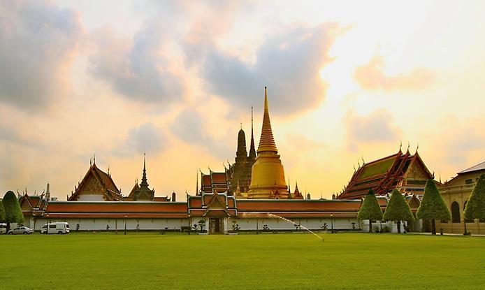 Храм Смарагдового Будди. Ват Пхра Кео (3)