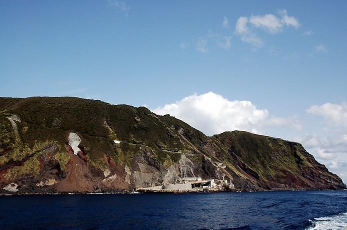 Найнезвичайніший вулканічний острів Японії. Аогашіма (5)