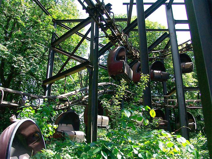 Покинутий парк розваг Плантервальд (9)