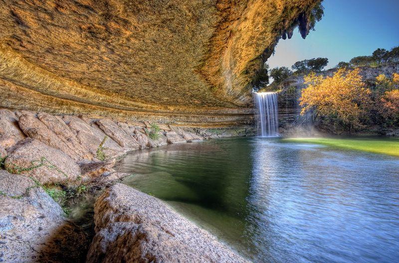Прекрасне озеро Гамільтон Пул (6)
