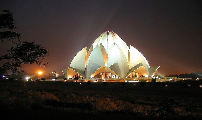 Храм Лотоса. Дивовижна квітка Нью-Делі (3)
