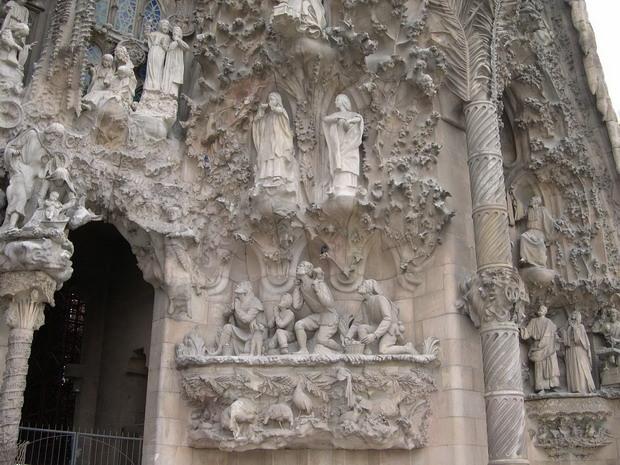 Кам'яна біблія Саграда Фамілія (7)