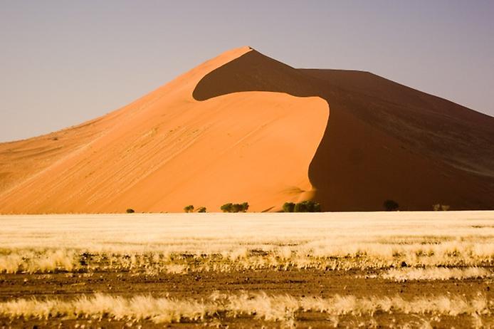 Плато Соссусфлей в пустелі Наміб (1)