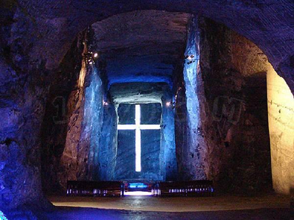 Соляний собор Зіпакіра в Колумбії