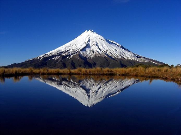 Вулкан Таранакі в Новій Зеландії (2)