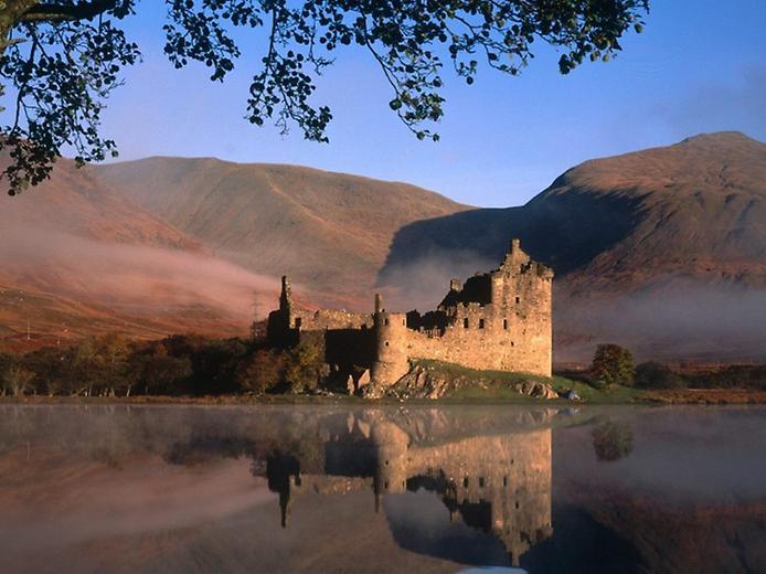 Замок Кілхурн в Шотландії (8)