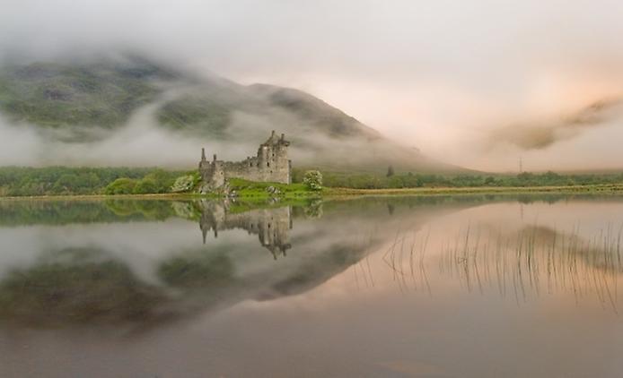 Замок Кілхурн в Шотландії (5)