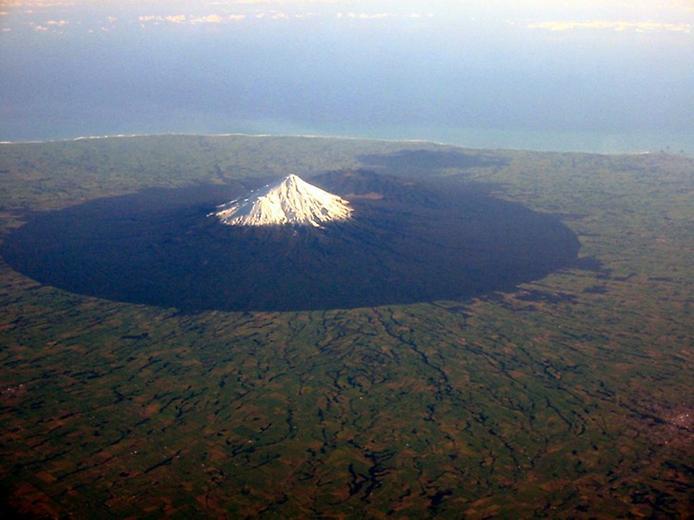 Вулкан Таранакі в Новій Зеландії (6)