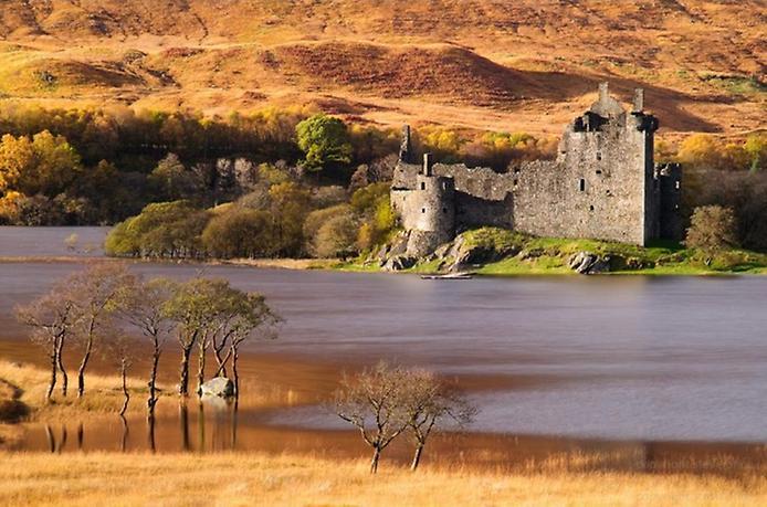 Замок Кілхурн в Шотландії (3)