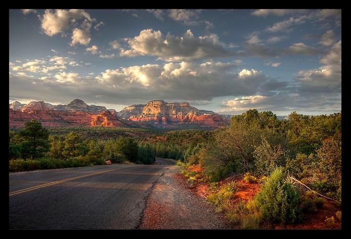 Червоні скелі Седона в Арізоні (3)