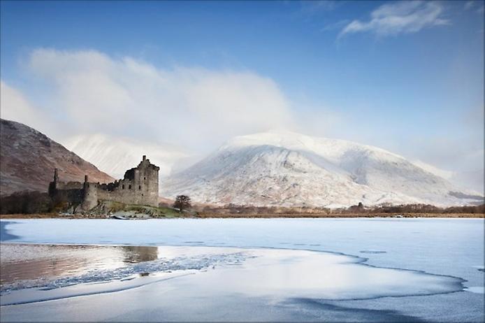 Замок Кілхурн в Шотландії (2)