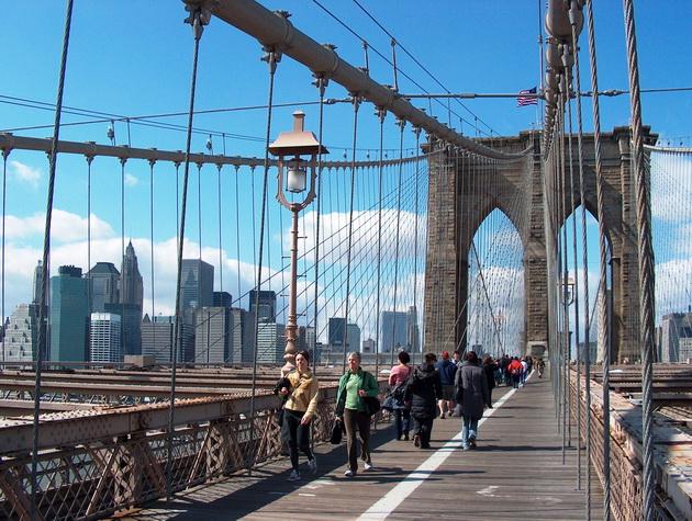 Бруклінський міст - один із символів Нью-Йорка (9)