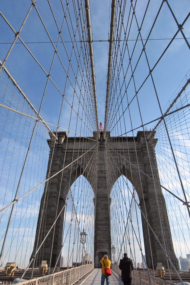 Бруклінський міст - один із символів Нью-Йорка (8)