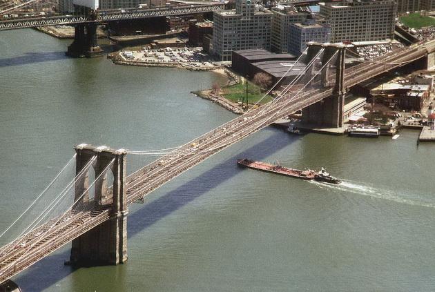 Бруклінський міст - один із символів Нью-Йорка (15)