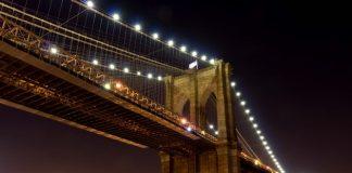 Бруклінський міст - один із символів Нью-Йорка (2)