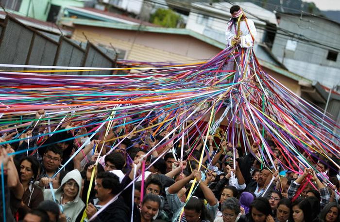 Коста Ріка. Процесія * Стрічки Ісуса з Назарета