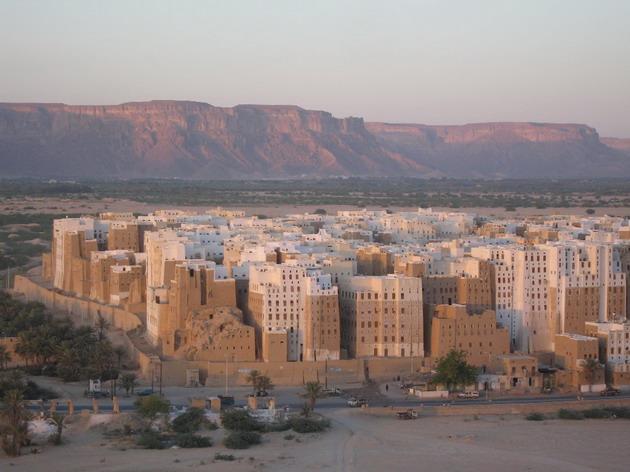 Місто Шибам, найдавніше місто хмарочосів, Ємен (4)