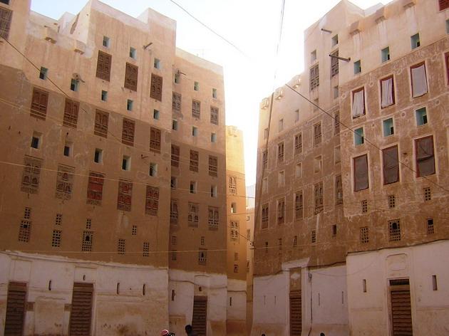 Місто Шибам, найдавніше місто хмарочосів, Ємен (7)