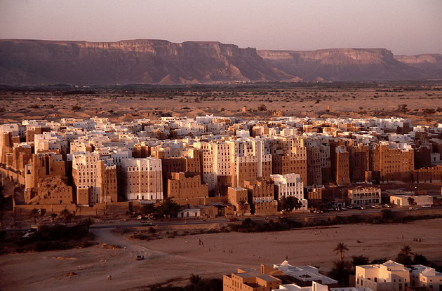 Місто Шибам, найдавніше місто хмарочосів, Ємен (13)