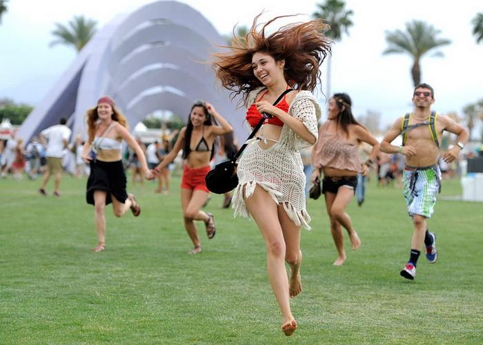 Щасливці, які потрапили на Фестиваль музики і мистецтв в долині Коачелла