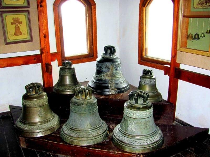 У музеї дзвонів фото: Тихая