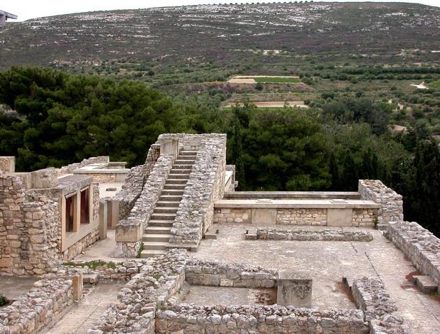 Палац царя Міноса Крит. Кносський палац - руїни величної споруди на острові Крит (17)