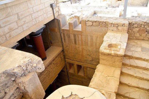 Палац царя Міноса Крит. Кносський палац - руїни величної споруди на острові Крит (12)