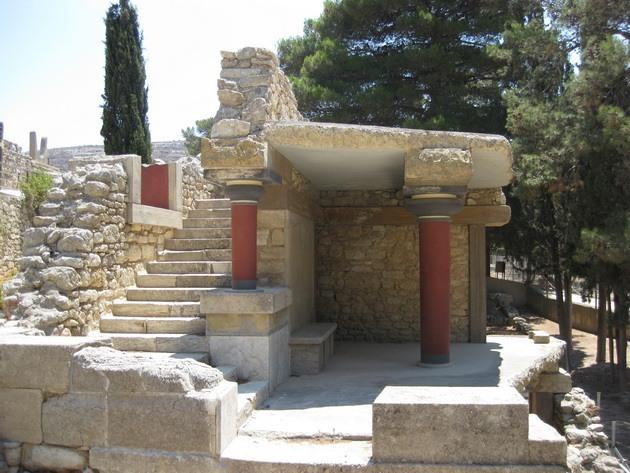Палац царя Міноса Крит. Кносський палац - руїни величної споруди на острові Крит (9)