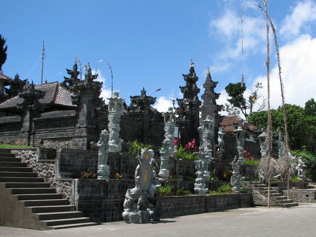 Храм Пура Бесакіх на Балі (14)