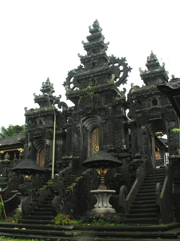 Храм Пура Бесакіх на Балі (13)