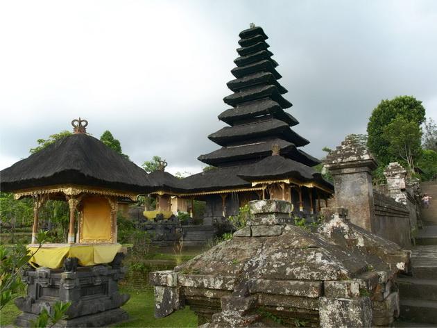 Храм Пура Бесакіх на Балі (10)