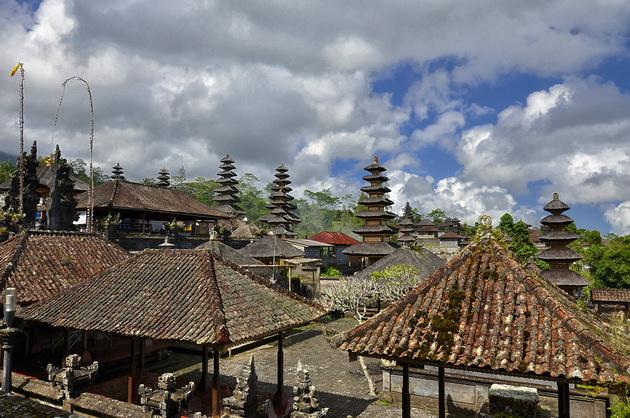 Храм Пура Бесакіх на Балі (3)