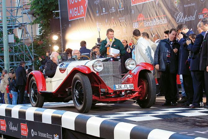 Mille Miglia 2012 - фестиваль старовинних автомобілів (24)