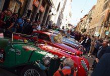 Mille Miglia 2012 - фестиваль старовинних автомобілів (22)