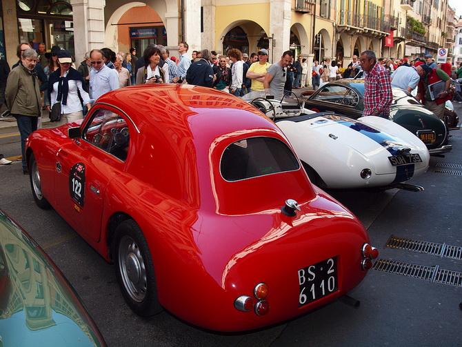 Mille Miglia 2012 - фестиваль старовинних автомобілів (21)