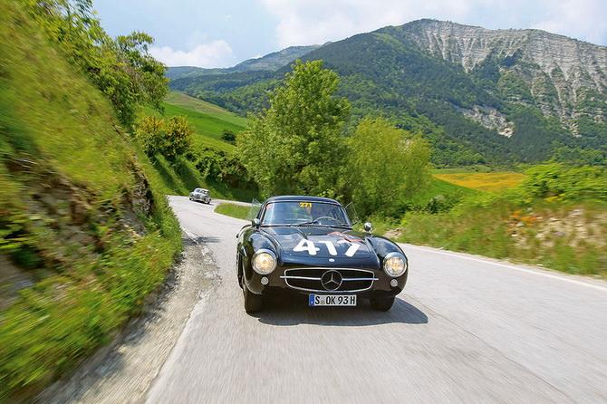 Mille Miglia 2012 - фестиваль старовинних автомобілів (11)