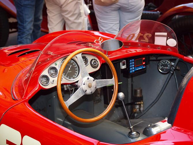 Mille Miglia 2012 - фестиваль старовинних автомобілів (7)