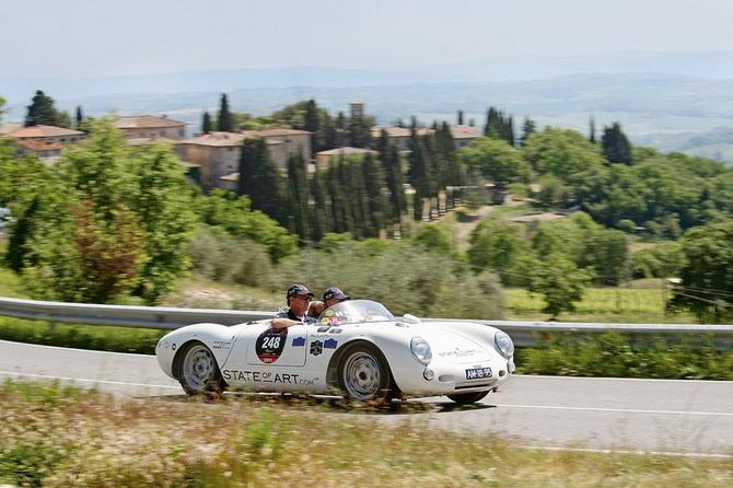 Mille Miglia 2012 - фестиваль старовинних автомобілів (1)