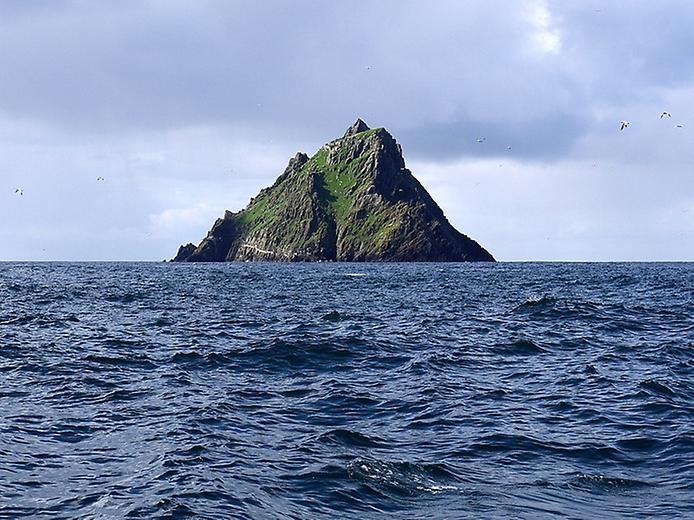 Скелліг-Майкл. Містичний монастир посеред океану (9)