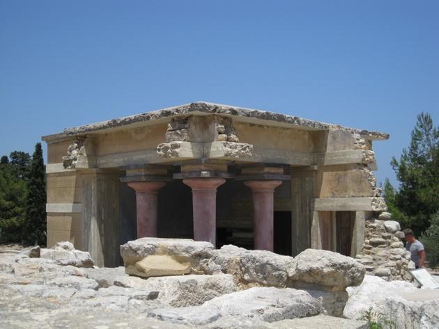 Палац царя Міноса Крит. Кносський палац - руїни величної споруди на острові Крит (2)
