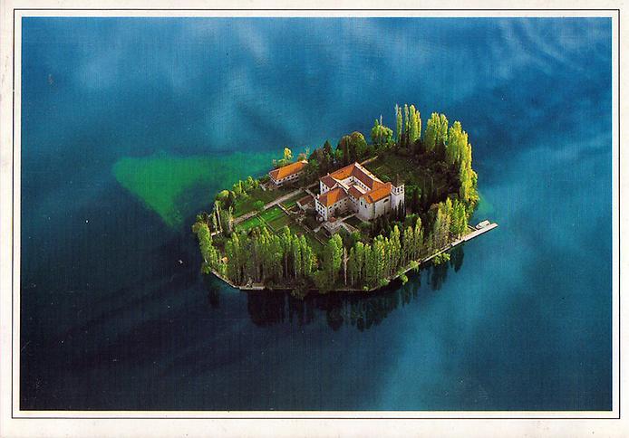 Острів Вісовац в Хорватії (8)