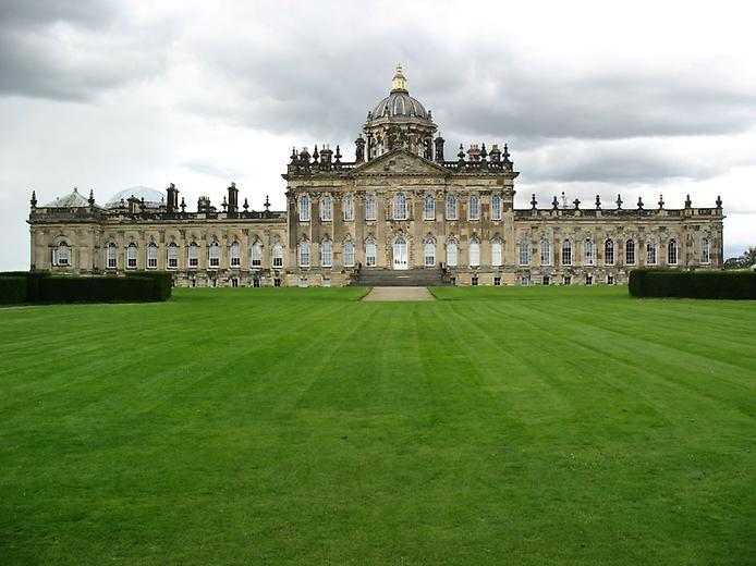 Касл-Ховард, або Замок Говардів, вважається самим пишним палацом Великобританії (4)