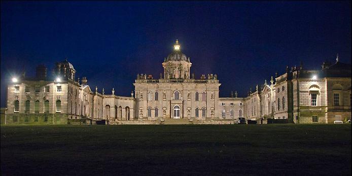 Касл-Ховард, або Замок Говардів, вважається самим пишним палацом Великобританії (7)
