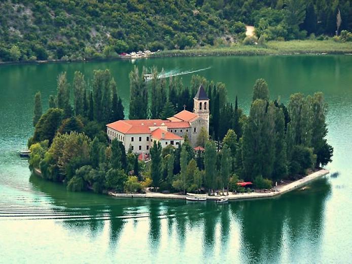 Острів Вісовац в Хорватії (2)